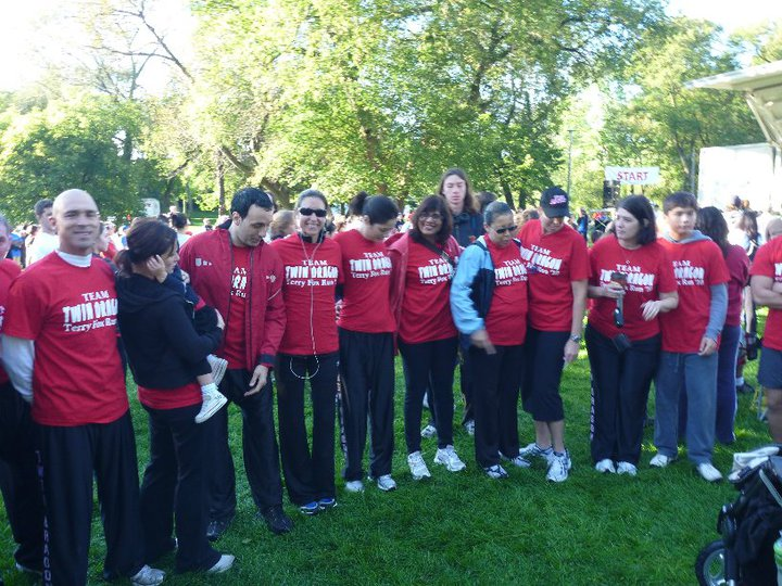 twin_dragon_east_kickboxing_terry_fox_run_2010_3.jpg