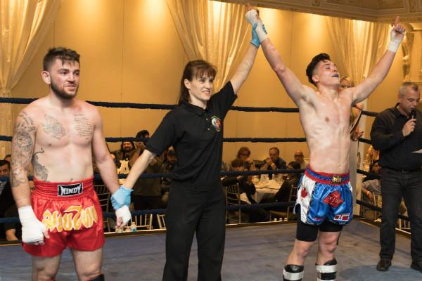twin_dragon_east_kickboxing_fight_night_3_005_a.jpg
