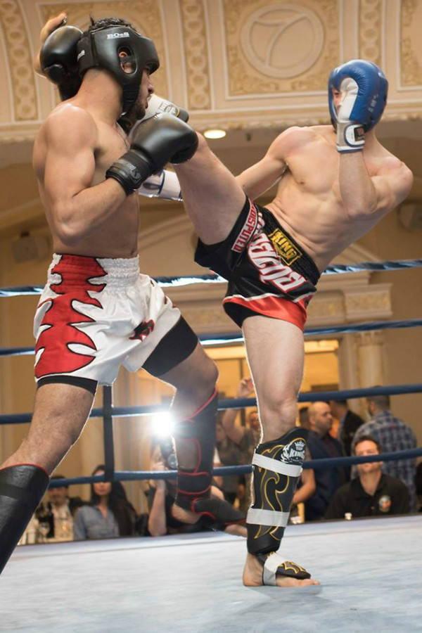 twin_dragon_east_kickboxing_fight_night_3_006_a.jpg